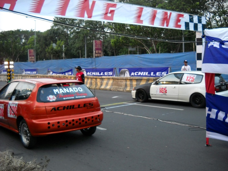 Kata Kata Drag Racing 201m drag race